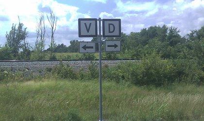 V & D Highway Signs